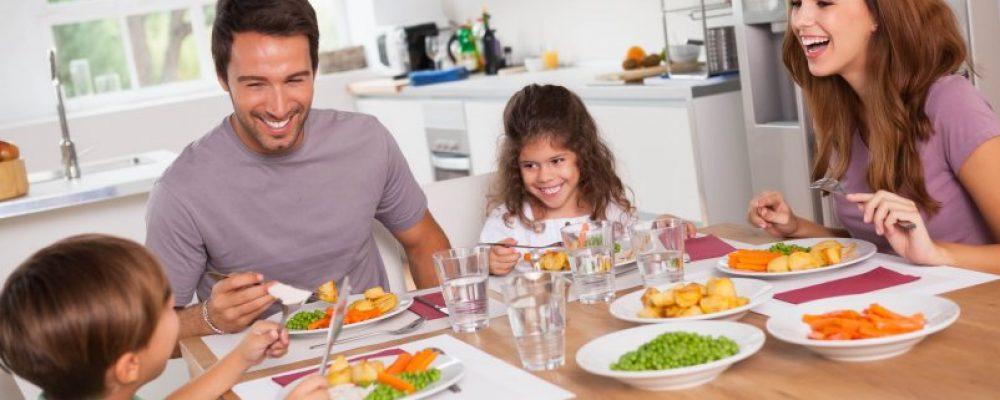LA IMPORTANCIA DE COMPARTIR EN FAMILIA PARA SER FELIZ
